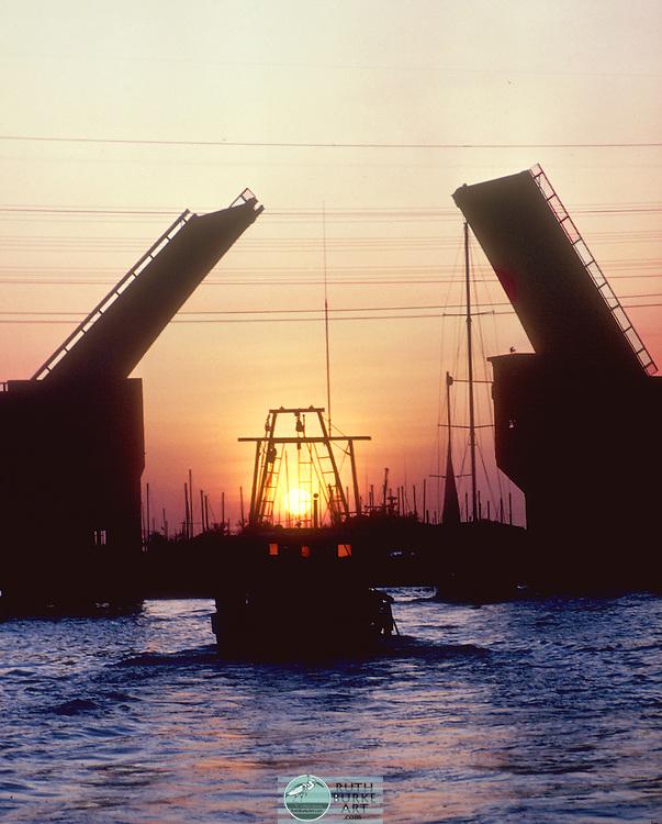 1981-Kemah-Seabrook Draw Bridge
