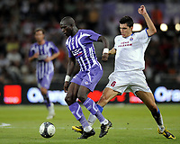 Fotball<br /> Frankrike<br /> Foto: DPPI/Digitalsport<br /> NORWAY ONLY<br /> <br /> FOOTBALL - UEFA EUROPA LEAGUE 2009/2010 - PLAY OFF - 2ND LEG - TOULOUSE FC v TRABZONSPOR - 27/08/2009<br /> <br /> MOUSSA SISSOKO (TOU) / CEYHUN GULSELAM (TRA)