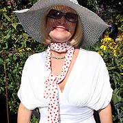NLD/Laren/20070829 - Huwelijk Willibrord Frequin en Susanne Rastin, Vivianne Boelen