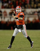 ATHENS, GA - NOVEMBER 23:  Quarterback Hutson Mason #14 of the Georgia Bulldogs throws a pass during the game against the Kentucky Wildcats at Sanford Stadium on November 23, 2013 in Athens, Georgia.  (Photo by Mike Zarrilli/Getty Images)