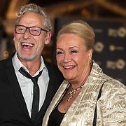 NLD/Amsterdam/20171012 - Televizier-Ring Gala 2017, Viola Holt en Johnny Heuckenroth