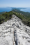 Hiking along the rocky spine of Osoršćica, a mountain on the island of Lošinj, Croatia © Rudolf Abraham
