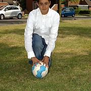 NLD/Huizen/20080521 - Elmar Slokker een van de Nuon ballenjongens van het Nederlands Elftal Hoofdweg 104 Huizen