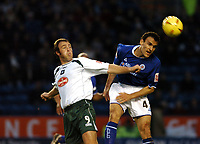 Fotball<br /> Championship England 2004/05<br /> Leicester v Plymouth<br /> 27. november 2004<br /> Foto: Digitalsport<br /> NORWAY ONLY<br /> NIKOS DABIZAS LEICESTER & MICKY EVANS PLYMOUTH
