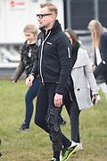 Leden van de koninklijke familie nemen deel aan de tweede editie van De Hollandse 100 op FlevOnice, een sportief evenement van fonds Lymph&Co ter ondersteuning van onderzoek naar lymfeklierkanker. <br /> <br /> Members of the royal family take part in the second edition of the Dutch 100 on FlevOnice, a sporting event Lymph & Co fund to support research into lymphoma.<br /> <br /> Op de foto / On the photo: prins Bernhard