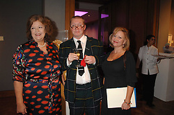 Left to right, MEREDITH ETHERINGTON-SMITH, FERGUS HENDERSON and KAY SAATCHI at an auction in aid of The Parkinson's Appeal for Deep Brain Stimulation 'Meeting of Minds' held at Christie's, King Street, London SW1 followed by a dinner at St.John, 26 St.John Street, London on 16th October 2007.<br /><br />NON EXCLUSIVE - WORLD RIGHTS