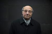 DEU, Deutschland, Germany, Berlin, 10.12.2020: Portrait von Bahman Nirumand, iranisch-deutscher Germanist, Iranist und Autor.