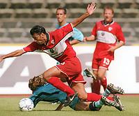 Fotball: Hany RAMZY, dahinter Eric MYKLAND<br />TSV München 1860 - 1. FC Kaiserslautern   0:4