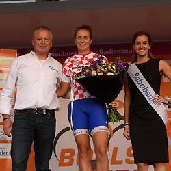30-08-2016: Wielrennen: Ladies Tour: Tiel      <br /> TIEL (NED) wielrennen    <br /> De Boels Ladies Tour begon met een etappe door de Betuwe<br /> SPOOR Winanda (Lensworld-Zannata-Etixx) leidster Bonisprint klassement
