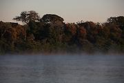 Pirapora_MG, Brasil...Rio Sao Francisco, o rio da integracao nacional. ..The Sao Francisco river, It is an important river for Brazil, called the river of national integration. ..Foto: LEO DRUMOND / NITRO