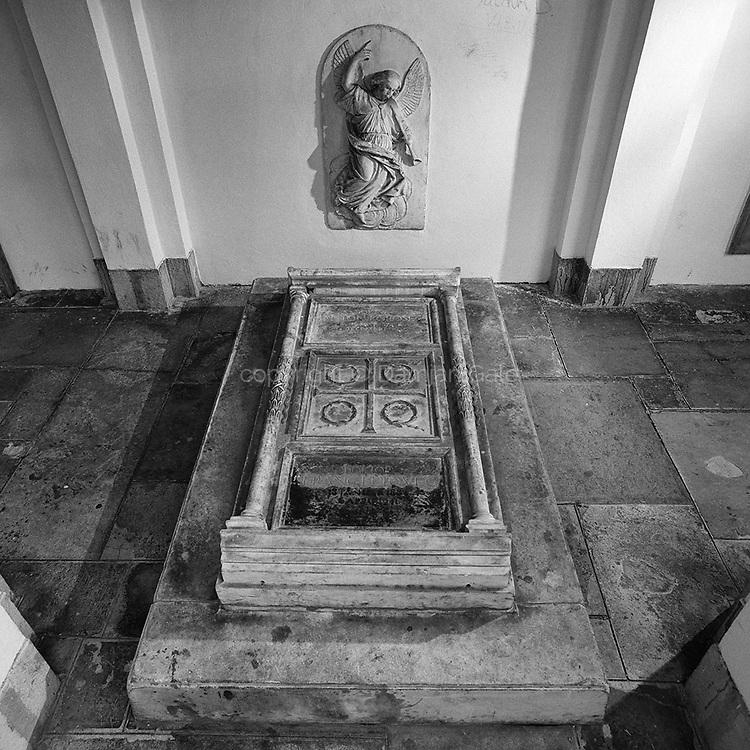 Korosec Grave