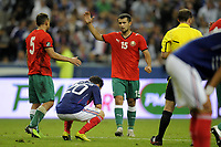 FOOTBALL - UEFA EURO 2012 - QUALIFYING - GROUP D - FRANCE v BELARUS - 3/09/2010 - PHOTO JEAN MARIE HERVIO / DPPI - DESPAIR MATHIEU VALBUENA (FRA) / JOY SERGEI KISLYAK (BIE)