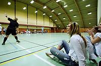 H≈NDBALL DAME, 11. august 2006, SLAGENHALLEN TÿNSBERG, Ternes-spiller Mette Davidsen psidelinjen da Ternes gjennomf¯rte treningskampen mot den svenske seriemesteren, Foto Kurt Pedersen / Digitalsport