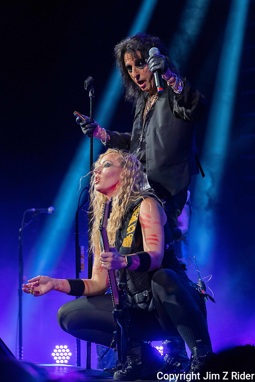 NITA STRAUSS, vocals and guitar, performs with ALICE COOPER. After nearly 19 months off stage, Rock and Roll legend COOPER, 73, launchd his fall 2021 tour at Ocean Casino Resort in Atlantic City, New Jersey.