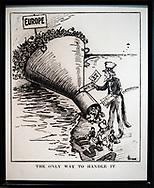 NEW YORK  2020V10<br /> Immigrationen upplevedes som ett stort problem i början av 1900-talet. Ett förslag var att införa en skatt från alla som kom in. Ett av problemen var att det blev kamp om arbetstillfällena med invandringen. Invadrarna jobbade billigare än de organiserade.<br /> <br /> Foto: Per Danielsson/Projekt.P