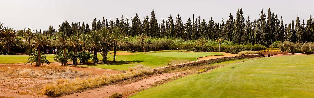 PANORAMA - De 18 holes van de Assoufid Golf Club zijn ontworpen door Niall Cameron. Bij helder weer bieden enkele holes fraaie uitzichten op het Atlas gebergte.