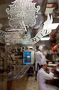 Les cuisines de l'Hotel Ritz Paris, Paris-Ile-de-France, France.<br /> Kitchens of the Hotel Ritz Paris, Paris-Ile-de-France region, France.