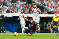 Real Madrid´s Sergio Ramos (R) and Barcelona´s Luis Suarez during La Liga match between Real Madrid and F.C. Barcelona in Santiago Bernabeu stadium in Madrid, Spain. October 25, 2014. (ALTERPHOTOS/Victor Blanco)