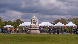 © Licensed to London News Pictures. 03/05/2015. London, UK. International media is set up near the Victoria Statue outside Kensington Palace awaiting news of the name of the new daughter of the Duke and Duchess of Cambridge who was born the previous day. Photo credit : Stephen Chung/LNP