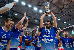 Hossein Ghanbari of Lycurgus, Jerome Cross of Lycurgus, Jesper van Muiden of Lycurgus, Bennie Tuinstra of Lycurgus, Erik van der Schaaf of Lycurgus celebrate after the cup final between Amysoft Lycurgus vs. Draisma Dynamo on April 18, 2021 in sports hall Alfa College in Groningen