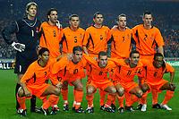 Fotball<br /> Play Off til EM 2004<br /> Nederland v Skottland 6-0<br /> 20.11.2003<br /> Foto: Digitalsport<br /> Norway Only<br /> <br /> amsterdam , 19-11-2003 , nederland - schotland 6-0. tweede wedstrijd in de play-off voor kwalificatie ek2004. achter: van der sar, van nistelrooij nistelrooy , bouma, cocu, van der meyde en ooijer. voor: reiziger , van der vaart, sneijder , overmars en davids.