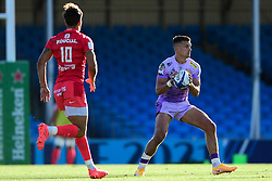 Henry Slade of Exeter Chiefs is marked by Romain Ntamack of Toulouse - Mandatory by-line: Ryan Hiscott/JMP - 26/09/2020 - RUGBY - Sandy Park - Exeter, England - Exeter Chiefs v Toulouse - Heineken Champions Cup Semi Final