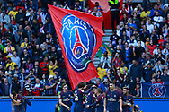 PSG players celebrate during the French Championship Ligue 1 football match between Paris Saint-Germain and Girondins de Bordeaux on September 30, 2017 at the Parc des Princes stadium in Paris, France - Photo Benjamin Cremel / ProSportsImages / DPPI