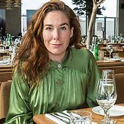 NL/Bloemendaal/20200702 - Boekpresentatie Bonuskind van Saskia Noort, Halina Reijn