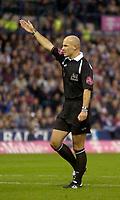 Photo: Glyn Thomas.<br />West Bromwich Albion. Newcastle Utd. The Barclays Premiership. 30/10/2005.<br /> Referee Howard Webb.