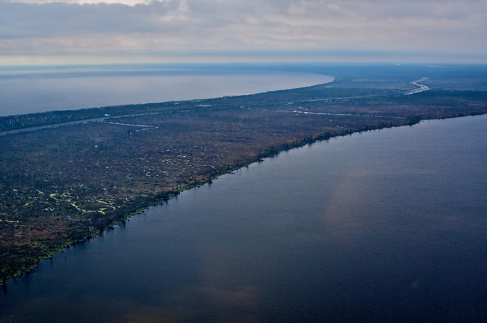 Landbridge, I-55, Lake Pontchartrain and Lake Maurepas, View SE