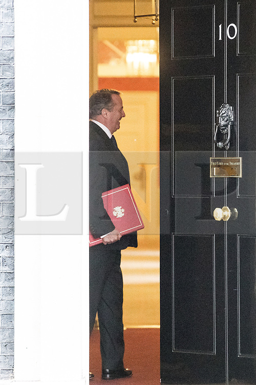 © Licensed to London News Pictures . 20/11/2017. London, UK. International Trade Secretary DR LIAM FOX leaves 10 Downing Street following a Brexit Cabinet Meeting . Photo credit: Joel Goodman/LNP