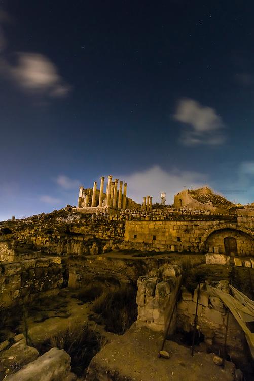 Temple of Zeus at night, Greco-Roman ruins, Jerash, Jordan.