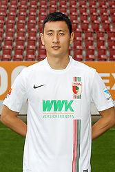 08.07.2015, WWK Arena, Augsburg, GER, 1. FBL, FC Augsburg, Fototermin, im Bild Dong Won Ji #24 (FC Augsburg) // during the official Team and Portrait Photoshoot of German Bundesliga Club FC Augsburg at the WWK Arena in Augsburg, Germany on 2015/07/08. EXPA Pictures © 2015, PhotoCredit: EXPA/ Eibner-Pressefoto/ Kolbert<br /> <br /> *****ATTENTION - OUT of GER*****