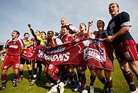 Photo: Steve Bond.<br />Scunthorpe United v Carlisle United. Coca Cola League 1. 05/05/2007. Scunthorpe United celebrate winning League 1