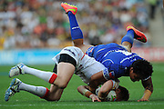 BRISBANE, AUSTRALIA - OCTOBER 25:  Michael Shenton of England is tackled bay Joey Leilua of Samoa during the Four Nations match between England and Samoa at Suncorp Stadium on October 25, 2014 in Brisbane, Australia.  (Photo by Matt Roberts/Getty Images)