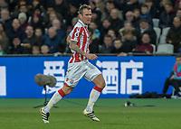 Football - 2016 / 2017 Premier League - West Ham United vs. Stoke City<br /> <br /> Glenn Whelan of Stoke City at The London Stadium.<br /> <br /> COLORSPORT/DANIEL BEARHAM