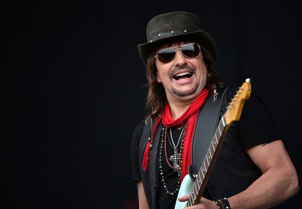 Download Festival    <br />  Richie Sambora <br /> Pix Dave Nelson