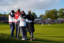 Auchterarder, Scotland, UK. 15 September 2019. Sunday final day at 2019 Solheim Cup on Centenary Course at Gleneagles. Pictured; Team Captain Juli Inkster and Assistants watch Suzann Pettersen putt to win the Solheim Cup on the 18th hole. She beat Marina Alex of the USA by 1 hole. Iain Masterton/Alamy Live News