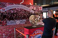 2016.07.23 Bialystok Pilka nozna Final FC Bayern Youth Cup 2018 na Stadionie Miejskim N/z patera trofeum za wygranie Bundesligi fot Michal Kosc / AGENCJA WSCHOD