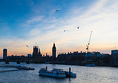 2016-02-16 Chilly night forecast as sun sets over Westminster