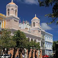 USA, Puerto Rico, San Juan. Plaza in Old San Juan.