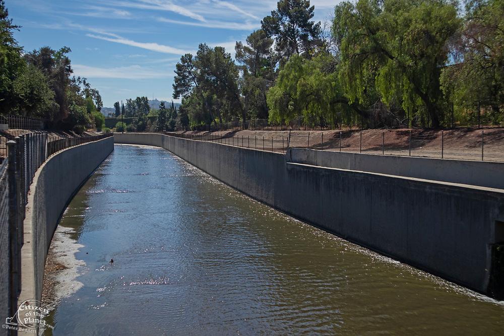 Los Angeles River, Van Nuys, California, USA