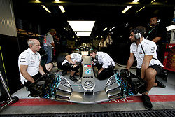 August 31, 2018 - Monza, Italy - Motorsports: FIA Formula One World Championship 2018, Grand Prix of Italy, .Mechanicians of Mercedes AMG Petronas Motorsport  (Credit Image: © Hoch Zwei via ZUMA Wire)