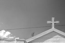 Timpano della cappella del posto