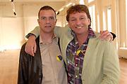Presentatie Kuifje - De Zonnetempel - De Musical in het Wereldmuseum in Rotterdam.<br /> <br /> Op de foto:<br /> <br />  Walter Baele en Dirk Cohen ( Janssen en Jansen )