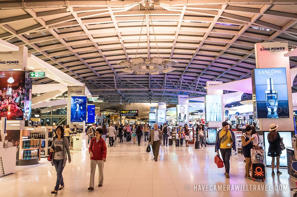 Retail shopping in Suvarnabhumi Airport Terminal, Bangkok, Thailand.