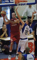 16-09-2006 BASKETBAL: NEDERLAND - ALBANIE: NIJMEGEN<br /> De basketballers hebben ook hun vierde wedstrijd in de kwalificatiereeks voor het Europees kampioenschap in winst omgezet. In Nijmegen werd een ruime overwinning geboekt op Albanie: 94-55 / Henk Norel<br /> ©2006-WWW.FOTOHOOGENDOORN.NL