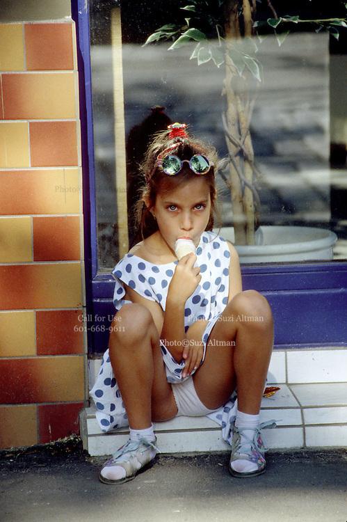 Innocence and ice cream. Vienna. Photo© Suzi Altman