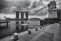 Marina Bay Sands Resort (left) & The Merlion (National Emblem of Singapore)