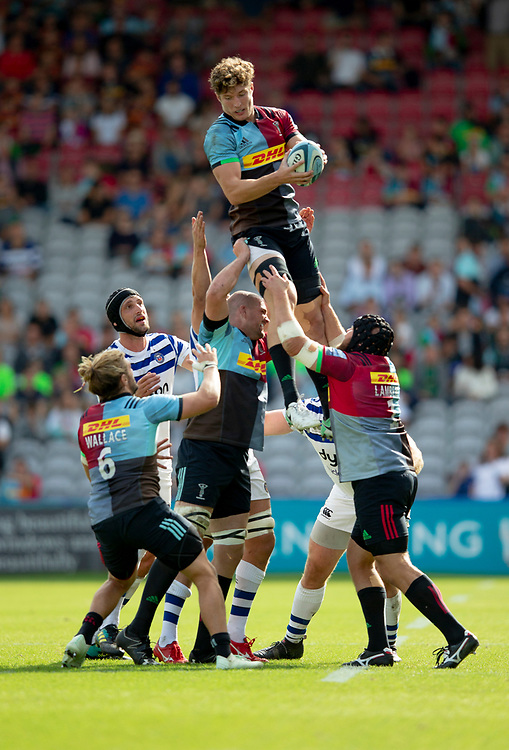 Harlequins' Dino Lamb claims a line out<br /> <br /> Photographer Bob Bradford/CameraSport<br /> <br /> Gallagher Premiership Round 3 - Harlequins v Bath Rugby - Saturday 15th September 2018 - The Stoop - London<br /> <br /> <br /> World Copyright © 2018 CameraSport. All rights reserved. 43 Linden Ave. Countesthorpe. Leicester. England. LE8 5PG - Tel: +44 (0) 116 277 4147 - admin@camerasport.com - www.camerasport.com